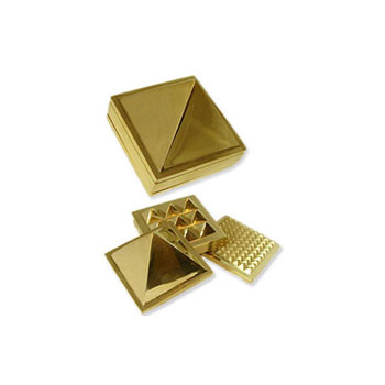 Pyramid Brass Set 3cm